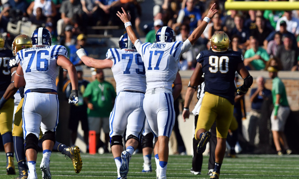 Notre dame game results football statistics